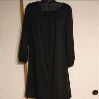 エル(ELLE)のビジュー付き★ELLE黒★長袖ワンピース38(ひざ丈ワンピース)