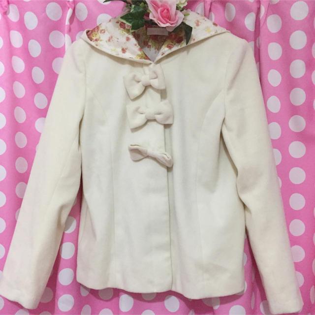LIZ LISA(リズリサ)のLIZLISAトリプルリボンショートコート レディースのジャケット/アウター(ピーコート)の商品写真
