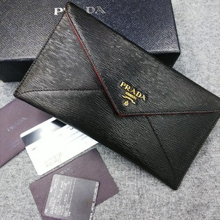 PRADA - 【美品】 PRADAプラダ2つ折り長財布