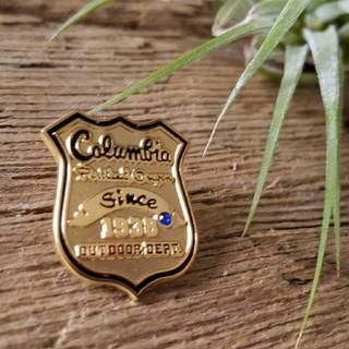 コロンビア(Columbia)のColumbia コロンビア ピンバッチ 未使用 アウトドア(登山用品)