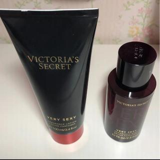 Victoria's Secret - ヴィクトリアシークレット ボディミスト ボディクリーム