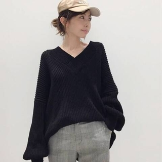 L'Appartement DEUXIEME CLASSE - 【TWINS FLORENCE】 VNECK KNIT(DORIA YARN)