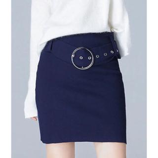 ビッグリングベルト付きタイトスカート  ネイビー(ミニスカート)