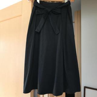 GU - 黒スカート