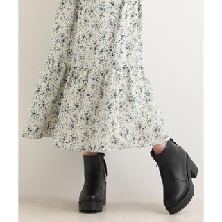MAJESTIC LEGON - 新品 定価6050円 マジェスティックレゴン 小花柄の可愛い♡ロングスカート