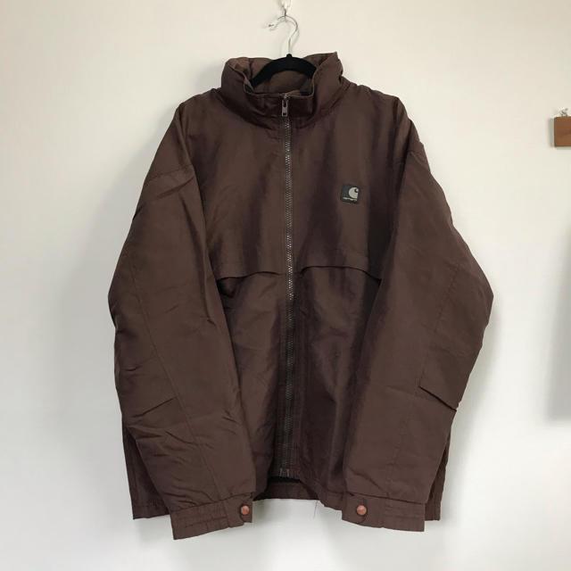 carhartt(カーハート)の古着 carhartt ワンポイントロゴ ナイロンジャケット マウンテンパーカー メンズのジャケット/アウター(ナイロンジャケット)の商品写真