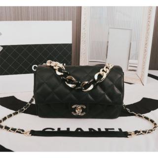 CHANEL - chanel ショルダーバッグ
