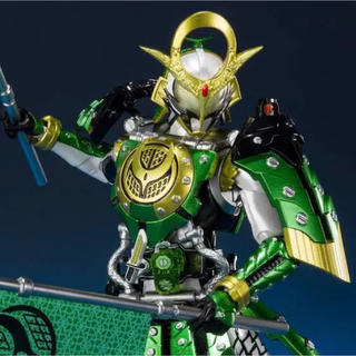 BANDAI - S.H.Figuarts 仮面ライダー斬月 カチドキアームズ
