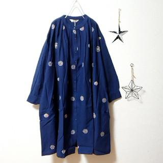 merlot - ✿Fillil✿ネイビー✿手毬刺繍ワンピース