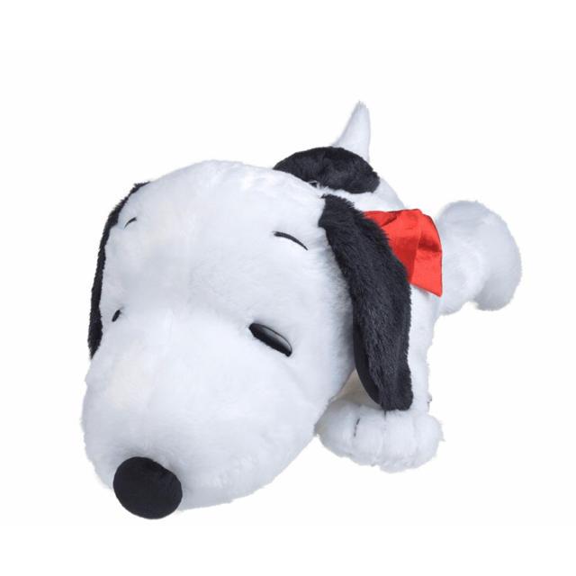 【新品】スヌーピー ギガジャンボ もこもこ寝そべりリボンぬいぐるみ(非売品) エンタメ/ホビーのおもちゃ/ぬいぐるみ(キャラクターグッズ)の商品写真
