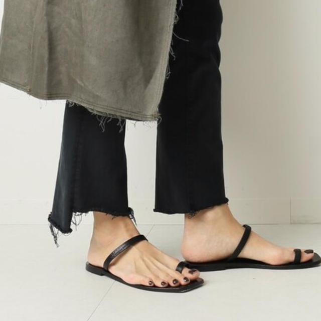 DEUXIEME CLASSE(ドゥーズィエムクラス)のA.EMERY フラット サンダル 38 レディースの靴/シューズ(サンダル)の商品写真
