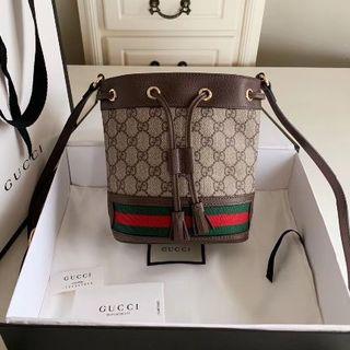 Gucci - 美品    グッチ   巾着 ショルダーバック