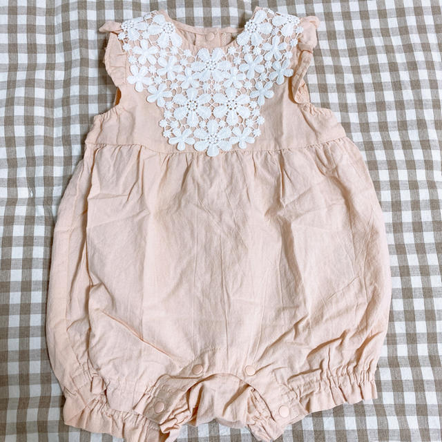 petit main(プティマイン)のフラワーロンパース プティマイン キッズ/ベビー/マタニティのベビー服(~85cm)(ロンパース)の商品写真