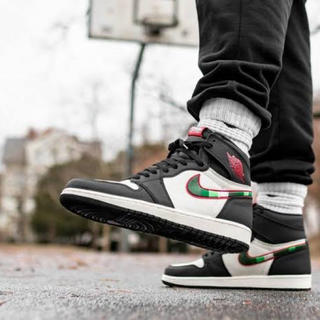 NIKE - NIKE AIR JORDAN 1 A STAR IS BORN