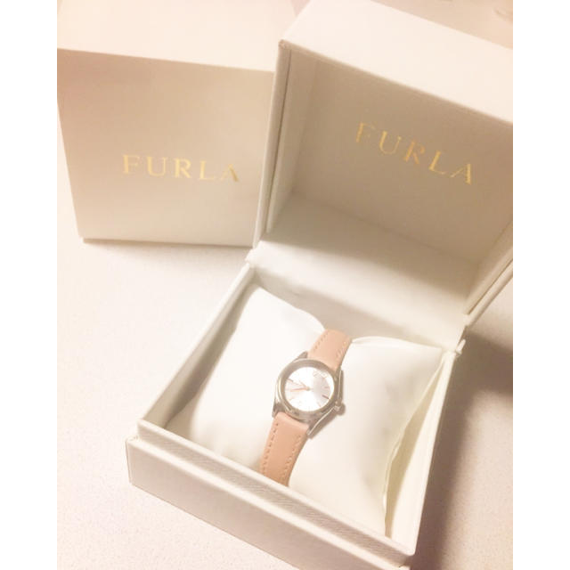 Furla(フルラ)のFURLA 原価10800円 腕時計 箱付き ピンクベージュ ギフトプレゼント レディースのファッション小物(腕時計)の商品写真