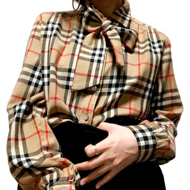 BURBERRY(バーバリー)の【Burberrys】ヴィンテージ ノバチェック ウール リボン ブラウス レディースのトップス(シャツ/ブラウス(長袖/七分))の商品写真