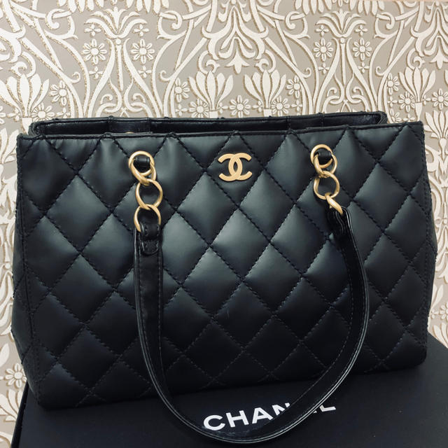 CHANEL(シャネル)の売り切れました レディースのバッグ(トートバッグ)の商品写真