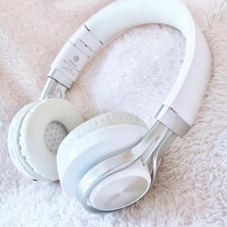 コスプレなどに!ワイヤレスヘッドホン ジャンク品(ヘッドフォン/イヤフォン)