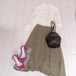 Plage - 大人可愛いシルクブラウスコーデ♡プラージュフレアロングスカート