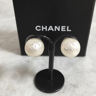 CHANEL - 正規品 シャネル ピアス パール シルバー ココマーク 銀 ロゴ 真珠 ミニ 丸
