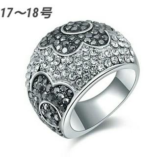 スワロフスキー(SWAROVSKI)の17~18号 スワロフスキークリスタル フラワーモチーフリング(リング(指輪))