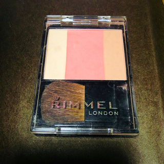リンメル(RIMMEL)のリンメル スリーインワンモデリングフェイスブラッシュ 009(チーク)
