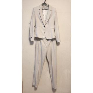 エイチアンドエム(H&M)のH&M アイボリー パンツスーツ(スーツ)