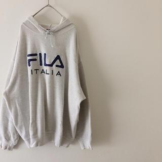 フィラ(FILA)のフィラ  刺繍入り パーカー (パーカー)
