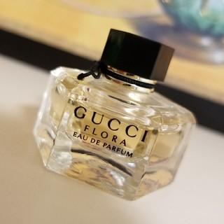 Gucci - GUCCI フローラバイグッチ オードパルファム