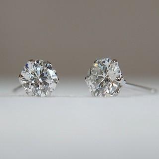 pt900 ダイヤモンド ピアス