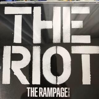 THE RIOT(DVD2枚付)