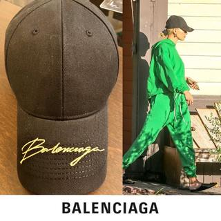 Balenciaga - 最新作 19AW バレンシアガ Balenciaga 筆記体ロゴ キャップ