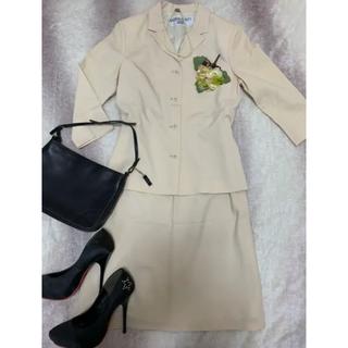 ナチュラルビューティーベーシック(NATURAL BEAUTY BASIC)のナチュラルビューティーベーシック   スーツ(スーツ)
