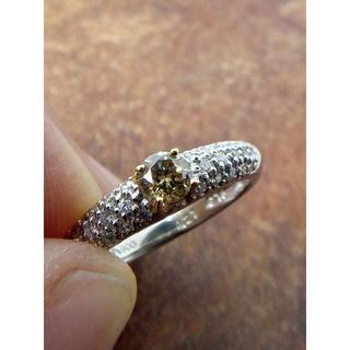 グリーニッシュイエローのダイヤです!Pt900/K18ダイヤリング 8号(リング(指輪))