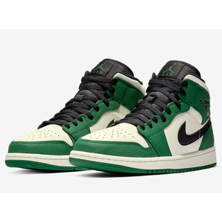 ナイキ(NIKE)のNIKE AIR JORDAN 1 MID PINE GREEN(スニーカー)