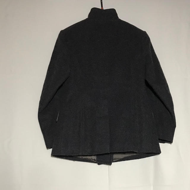 DRIES VAN NOTEN(ドリスヴァンノッテン)のドリスヴァンノッテン 毛 灰色 コート ジャケット ダブルブレスト 変形 メンズのジャケット/アウター(テーラードジャケット)の商品写真