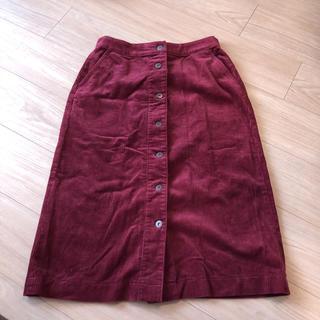 ユニクロ(UNIQLO)のコーデュロイタイトスカート(ひざ丈スカート)