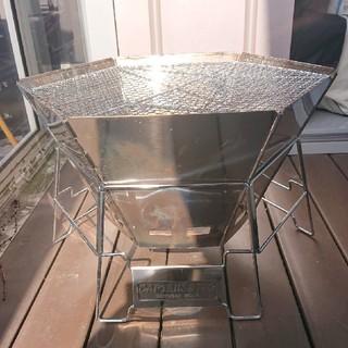 キャプテンスタッグ(CAPTAIN STAG)のヘキサステンレスファイアグリル 焚き火 BBQ(ストーブ/コンロ)