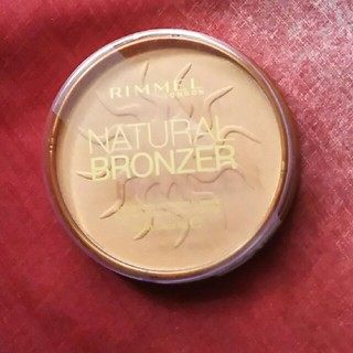 リンメル(RIMMEL)のRimmel Natural bronzer (チーク)