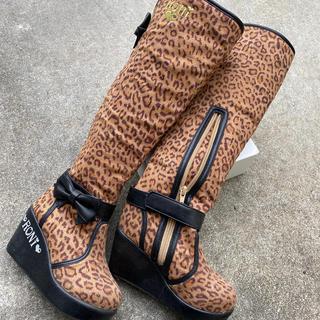 ロニィ(RONI)のRONI ロニィ ブーツ(ブーツ)