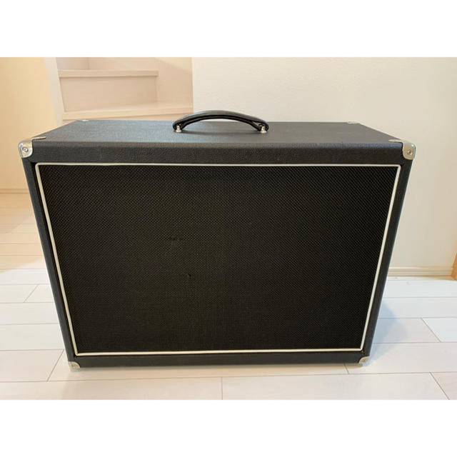 String DriverSD212 Cabinet Oval Back 楽器のギター(ギターアンプ)の商品写真