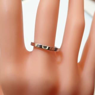 デビアス(DE BEERS)の■DEBEERS PT950 平打ちリング■内側にダイヤモンド入り■デビアス■(リング(指輪))
