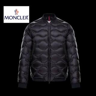 モンクレール(MONCLER)のMONCLER モンクレール ダウンジャケット(ダウンジャケット)