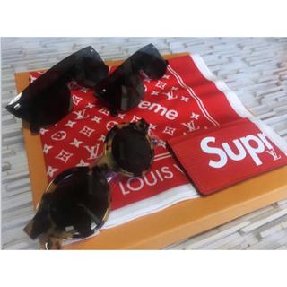 ルイヴィトン(LOUIS VUITTON)のLOUIS VUITTON×Supreme スカーフ 激レアコラボ大人気限定品(バンダナ/スカーフ)