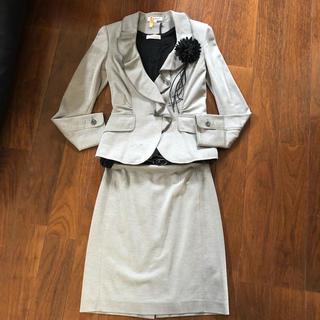 ナラカミーチェ(NARACAMICIE)のむぅむぅ様  ナラカミーチェ★グレーのスカートスーツ(スーツ)