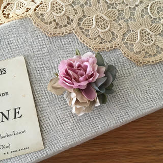 ローズピンクバラとブルーグリーン、ベージュ紫陽花のコサージュ(コサージュ/ブローチ)