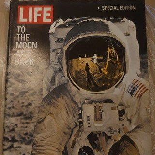 LIFE SpecialEdition to the moon and back(専門誌)