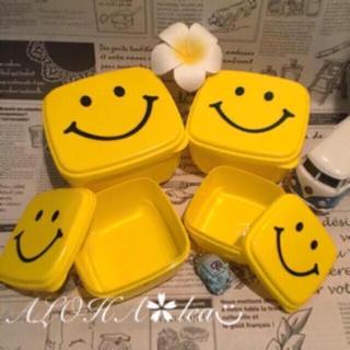 ◡̈⃝︎アメリカン雑貨 スマイル☺︎お弁当箱 容器 タッパー 4個♡ニコちゃん(日用品/生活雑貨)