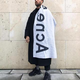 アクネ(ACNE)の専用 acne マフラー(マフラー)