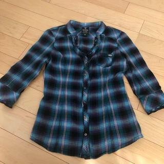 ゲス(GUESS)のシャツ カジュアルシャツ チェックシャツ(シャツ/ブラウス(長袖/七分))